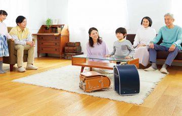 家族が写っている画像 神田屋鞄